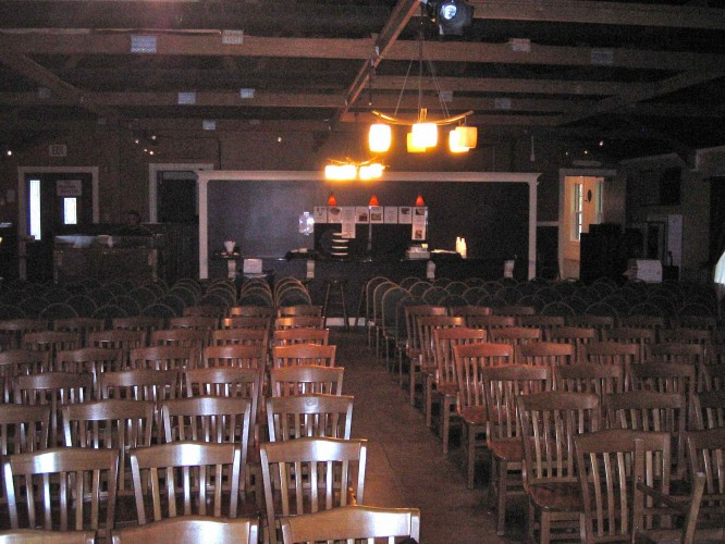 brendan james at the tupelo music hall in londonderry nh stuck on music. Black Bedroom Furniture Sets. Home Design Ideas